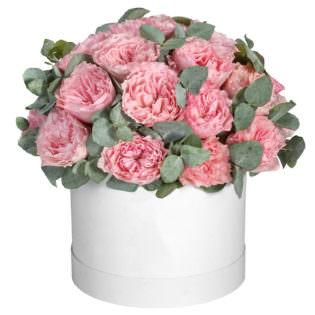 Цветы в коробке «Пионовидные розы»